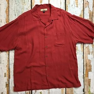 Tommy Bahama Mens  Hula Girl Embosed Button Down